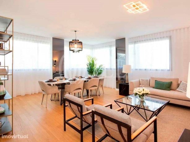 Apartamento T3 com varanda, Lux Garden