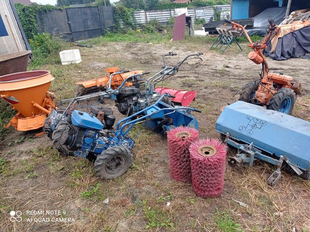 Zestaw traktorki ogrodowe zamiatarka glebogryzarka pług do śniegu