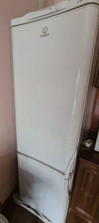 Продам холодильники Indesit и Nord