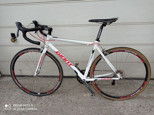 "Велосипед шоссейный Giant SCR 2 white. 28 "" колеса"