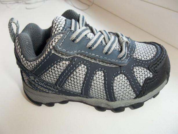 Крутые кроссы COLUMBIA для крохи 10-13см Новые