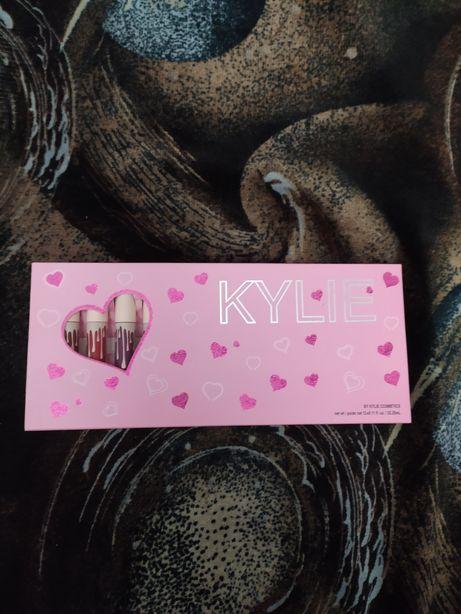 Набор жидких матовых помад Kylie Jenner 12 оттенков