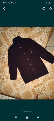Продам новое мужское пальто