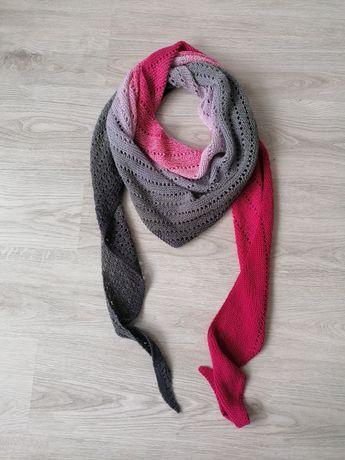 Szal / chusta robione na drutach piękna, idealna na wiosnę