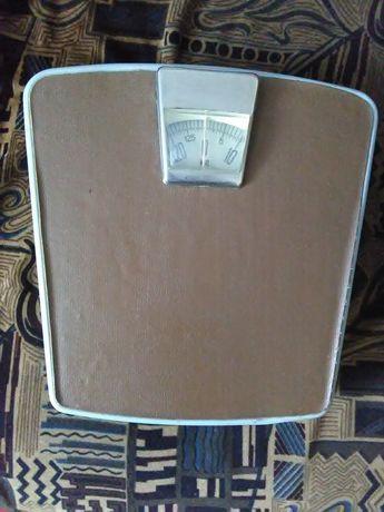Напольные весы механические