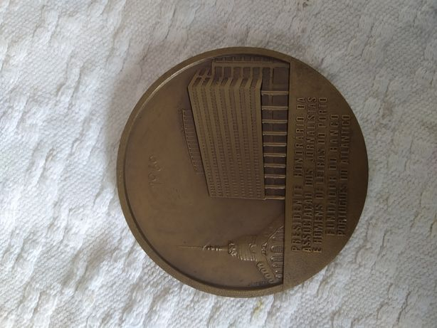 Vários medalhas.