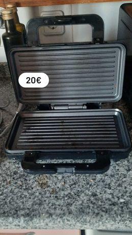 Sanduicheira Flama com grill