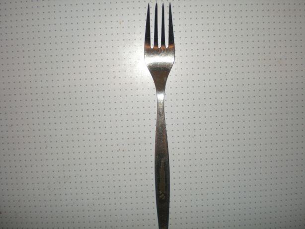 столовая вилка с олимпийской символикой ссср.