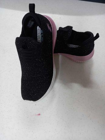 Ténis Skechers de menina