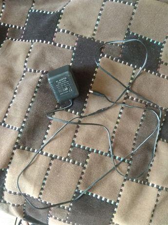 Блок питания и зарядка для телефона
