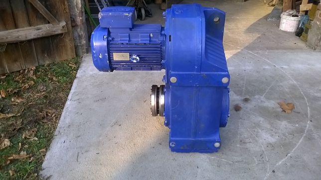 Motoreduktor 11kw 12obr/min SEW