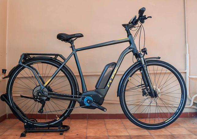 Rower elektryczny męski Cube Kathmandu Pro rama 58 koła 28