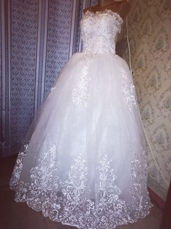 новое свадебное платье белое