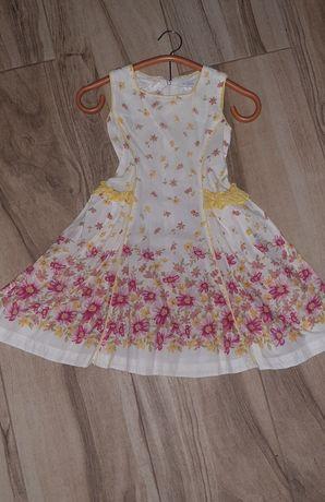 Sukienka firmy Wójcik