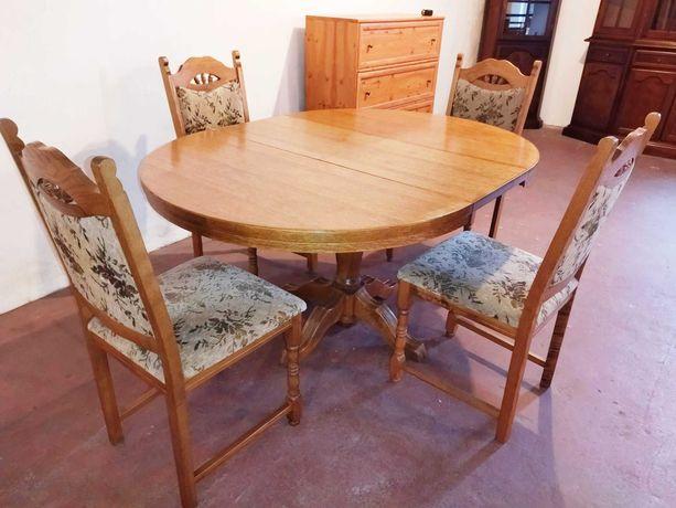 Stół dębowy rozkładany z 4 krzesłami, stan bdb.