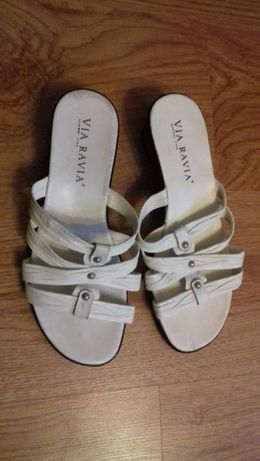 Buty klapki białe 38