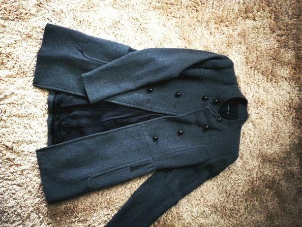 Пальто серое шерстяное ZARA