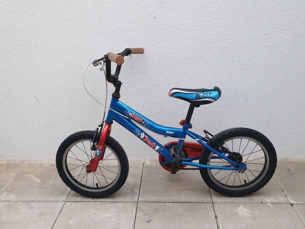 Bicicleta de criança R 18