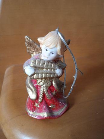 Mały aniołek figurka kolekcjonerska