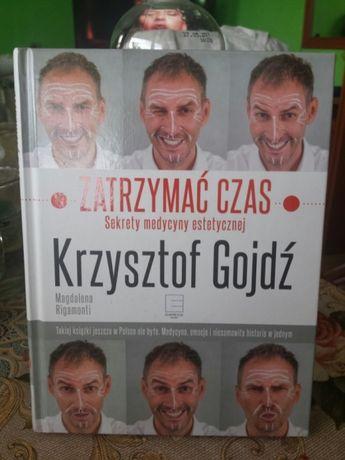 Książka.