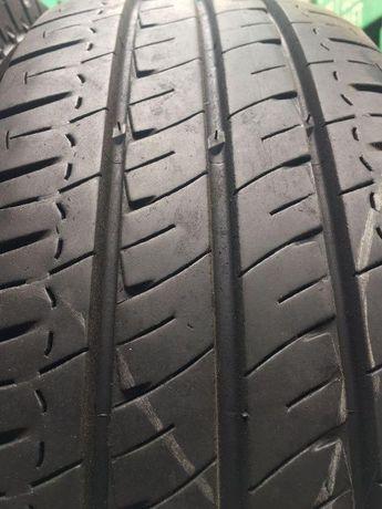 Шини б/у 2шт. Michelin Agilis 215/70 R15C (8mm, вантажні)