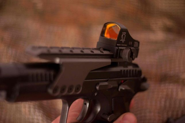 Страйкбольний пістолет CZ 75 KWC