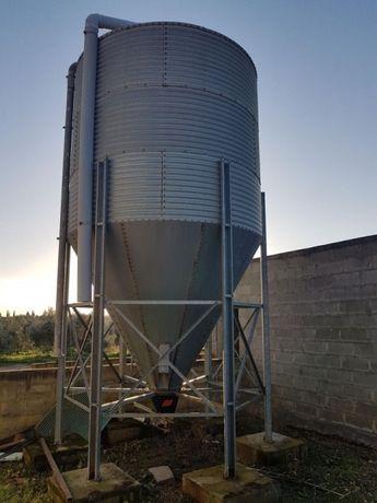 Cilo de ração ou cereais 10/12 ton