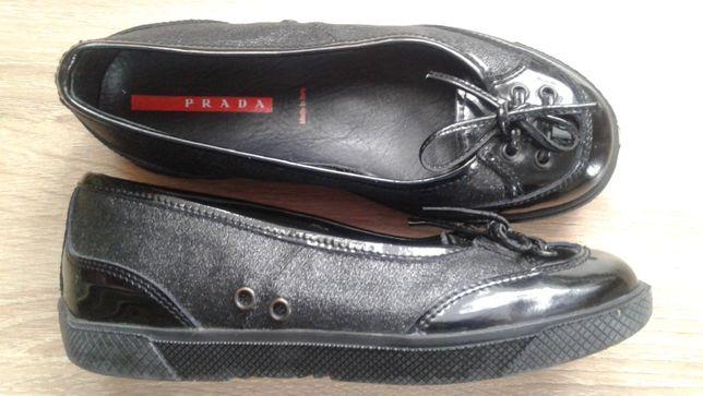 Prada италия кожа туфли девочке черные 29р(19см)