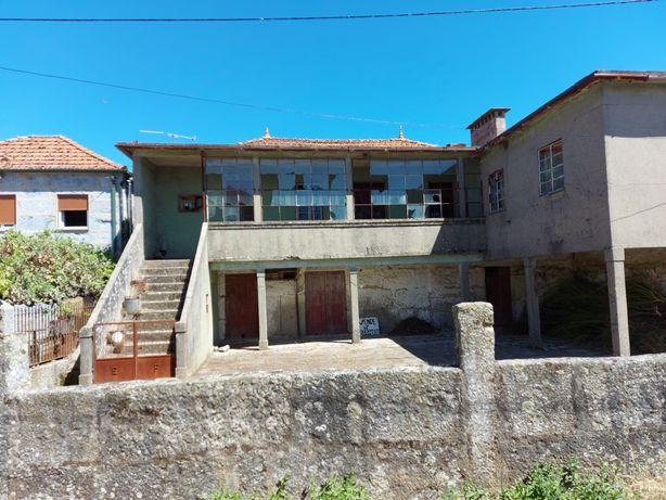 Vende-se Casa para remodelação
