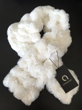 Gola cachecol branco novo