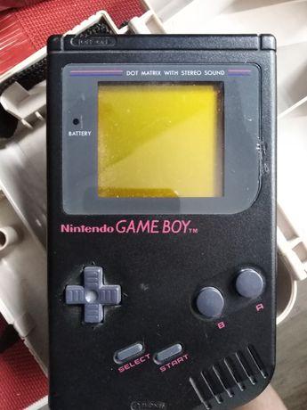 Czarny Gameboy, biały kruk. GB Classic.