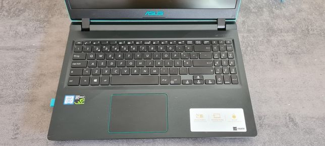 Pc portátil Asus i7 8th 8g ddr4 ssd 255 nvidia 4gb