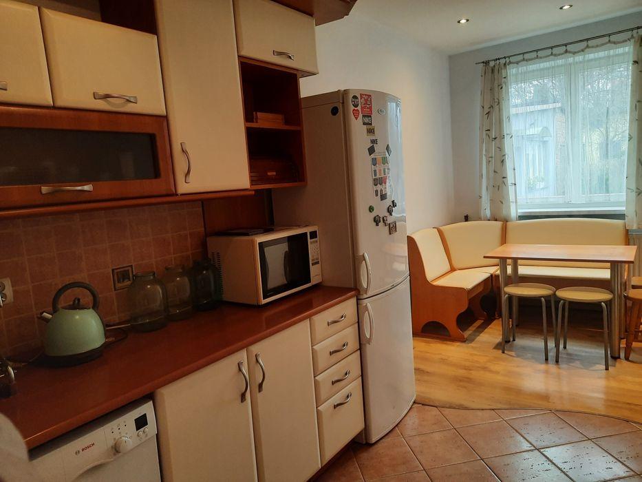 Wynajmę domek/mieszkanie 60 m2 z tarasem i miejscem parkingowym Warszawa - image 1