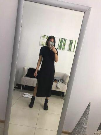 Платье футболка с разрезом на ножке размер л