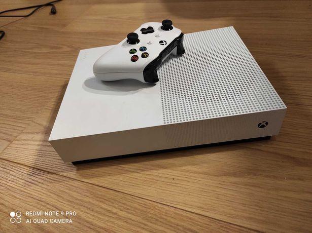 Xbox One S 1t +1 pad