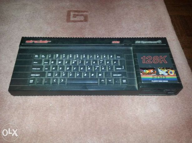Computador sinclair zx spectrum +3 128k com floppy disc drive