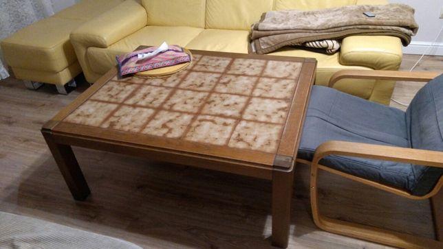 Ława drewniana z kafelkami, stolik kawowy, stół, kafle