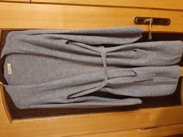 Swetry  dlugie, z paskiem