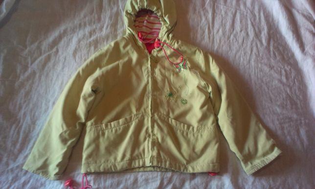 Куртка весна-осень на девочку (100руб)