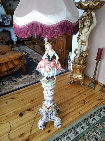 Stylowa lampa stojąca - porcelana