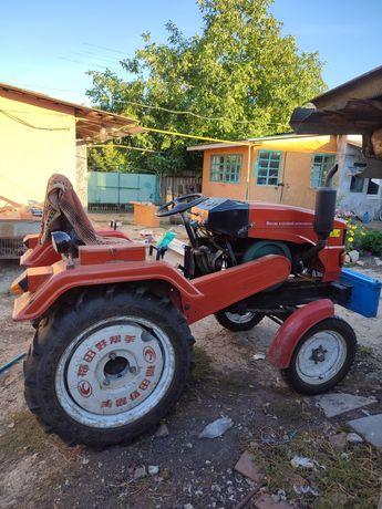 Продам трактор фотон240D