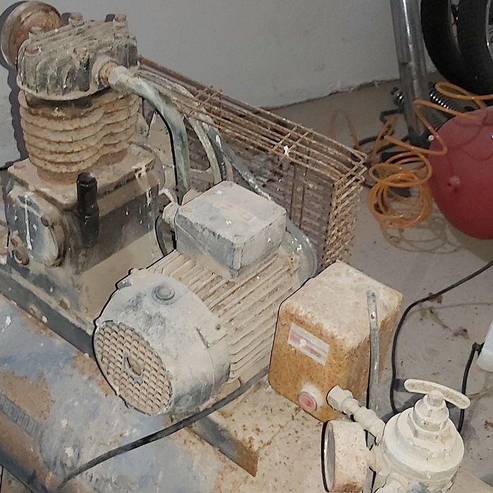 Motor trifasico 1.5cv Alcobaça E Vestiaria - imagem 1