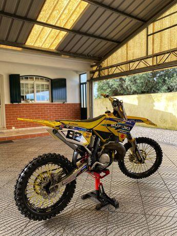 Suzuki rm 250 motoctross