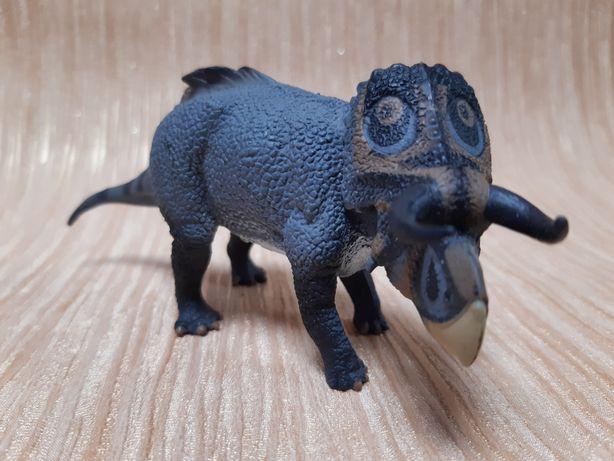 Dinozaur Figurka Ceratops Nasutoceratops Collecta
