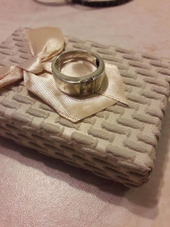 Pierścionek srebrny cyrkonie, rozmiar 14