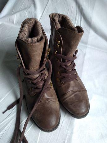 Демисезонне жіноче взуття