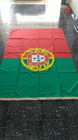 Bandeiras,Nacional,Fig.da Foz,CEE,em Tecido trevillina/Bordado.
