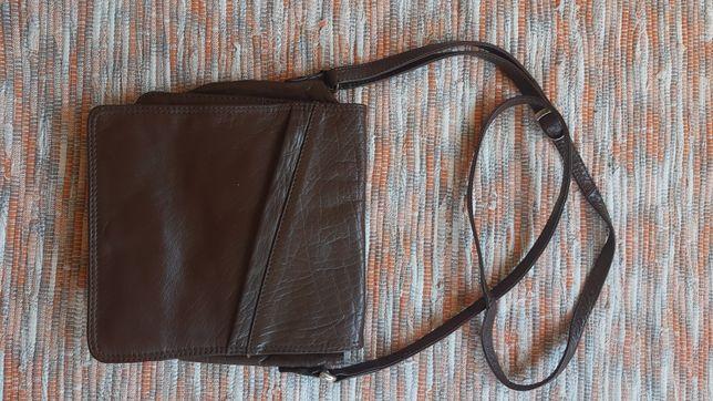 Skórzana torebka w kolorze brązowym