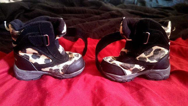Ботинки сапожки детские. 22 размер.