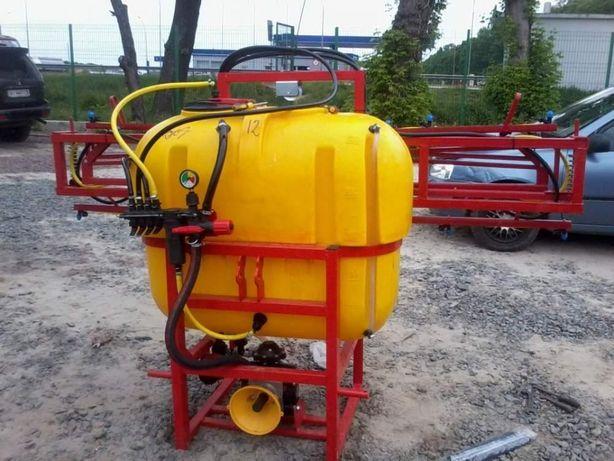 Бак 400 литров штанга 12 метров навесной опрыскиватель полевой